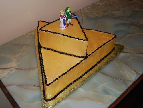 500x triforce cake This is how you do a Zelda Themed Wedding Right!