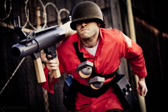 03 585x390 Team Fortress 2 cosplay is legit, too legit to quit